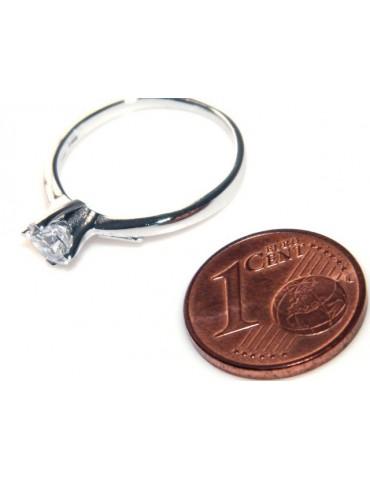 Argento 925 Rodiato : Solitario con zircone da 5 mm taglio brillante