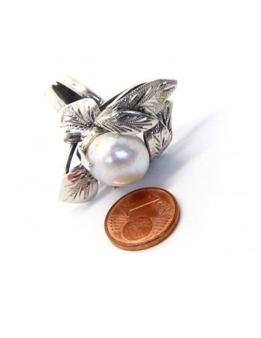 Silver 925: Hand-made woman's ring with leaves and baroque pearl size 16