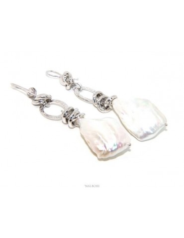Women's earrings in 925 silver with pendants of large baroque pearls, natural scaramaces