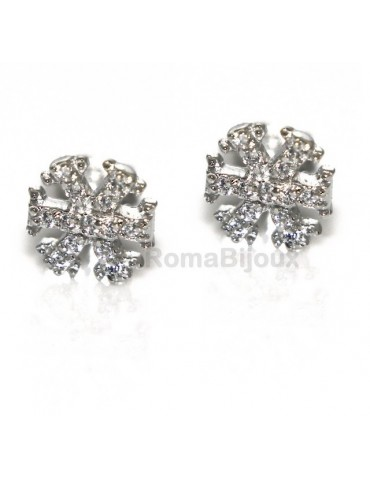 925: woman man white cubic zirconia earrings snowflake