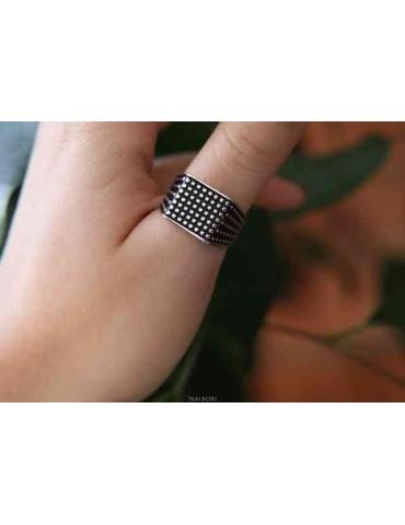 NALBORI anello chevalier con scudo quadrato argento 925 da uomo pallinato