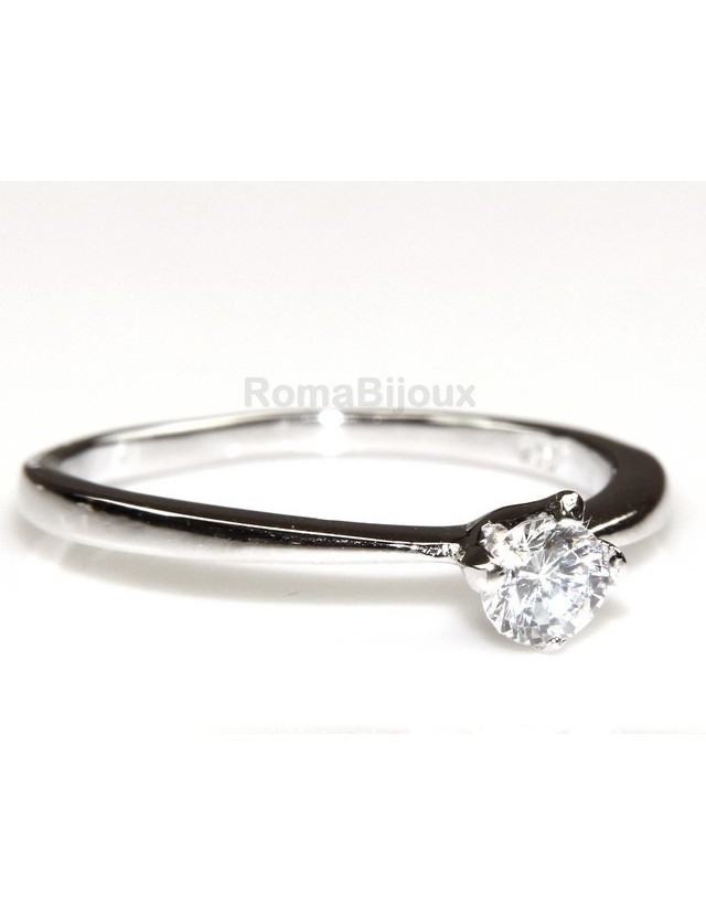 925 stamped ring : Solitaire with zircon 4mm brilliant cut 4 jaws